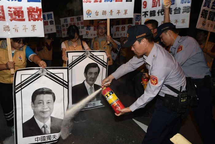 Taipei citizens unhappy with Ma-Xi meeting